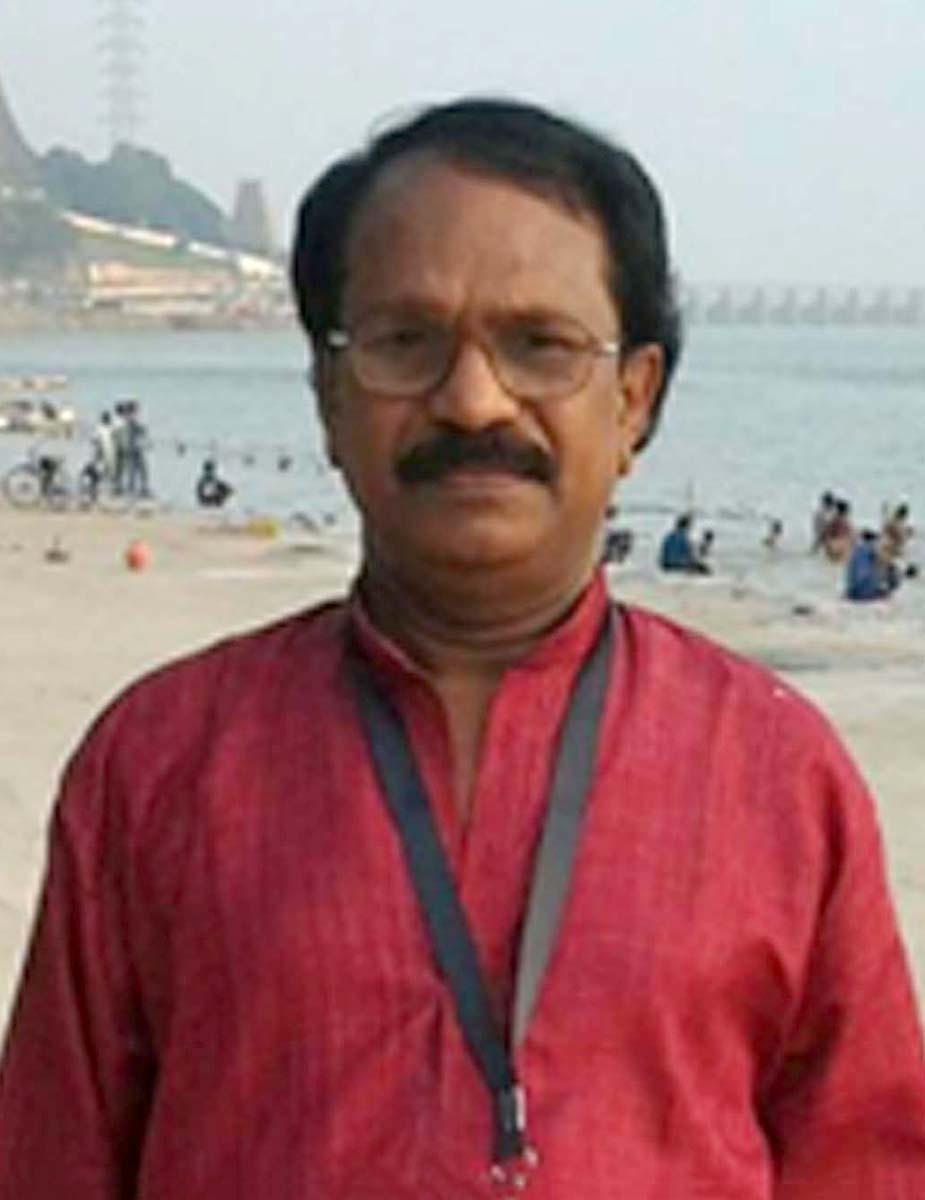 Ezhil Vendhan